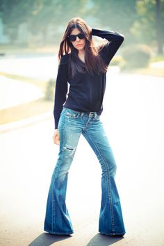 looks with bell bottom jeans - Google Search