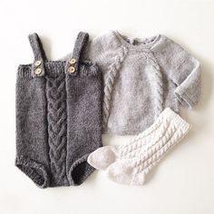 Pin by Serena D on baby Knitting For Kids, Baby Knitting, Crochet Baby, Knit Crochet, Knitted Baby Clothes, Cute Baby Clothes, Young Fashion, Kids Fashion, Gender Neutral Baby Clothes