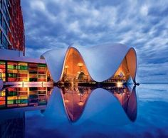 La Concha Resort: A Renaissance Hotel with Amazing Poolside Lounge, San Juan, Puerto Rico Kengo Kuma, Renzo Piano, Norman Foster, Hotels And Resorts, Best Hotels, Amazing Hotels, Luxury Hotels, Barbados, Beautiful World