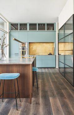 Modern Luxury Kitchens For A Grand Kitchen Luxury Kitchen Design, Best Kitchen Designs, Luxury Kitchens, Interior Design Kitchen, Cool Kitchens, Rustic Kitchen, New Kitchen, Kitchen Decor, Kitchen Chairs