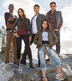Becky G, Ludi Lin, Dacre Montgomery, Naomi Scott, and RJ Cyler in Power Rangers Power Rangers Quotes, Power Rangers Pictures, Power Rangers Movie 2017, Power Rangers Reboot, Power Rangers Cast, Go Go Power Rangers, Becky G Power Ranger, Naomi Scott Power Rangers, Action Sci Fi Movies