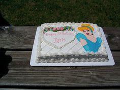 1 4 Sheet Cake Disney Princesses Castle Spray Painted