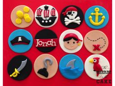 pirate cupcakes Pirate Cookies, Pirate Cupcake, Fondant Toppers, Fondant Cupcakes, Pirate Birthday, Pirate Theme, Themed Cupcakes, Wedding Cupcakes, Pirate Wedding
