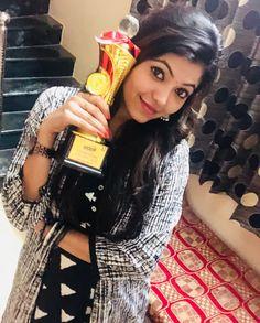 #AthulyaRavi Cute with Awards <3 #TamilPonnu #Kollywood #Actress Photograph of  Athulya Ravi PHOTOGRAPH OF  ATHULYA RAVI | IN.PINTEREST.COM #ENTERTAINMENT #EDUCRATSWEB