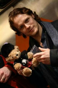 Credit goes too @lisarlyall aka Voyager on Twitter <-- Ahhhh! He's so adorable!!!!