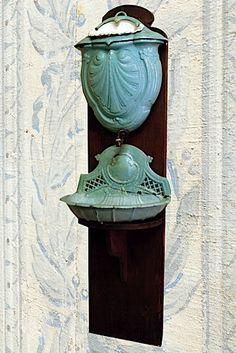 "Architectural Antiquities: ""Origines"" Collection - Sale N° 1361 - Lot N° 10 | Artcurial | Briest - Poulain - F. Tajan"