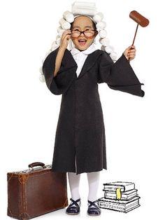 Quick and Easy DIY Halloween Costumes: Judge (via Parents.com)