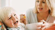 5 λάθος τακτικές των γονιών στην παιδική διατροφή