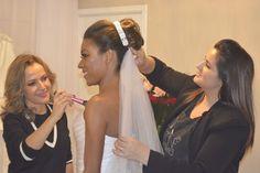 Tivemos o prazer de fazer parte desse dia maravilhoso! Parabéns Bruna Rodrigues #brides #noivas #noivadoano #vestidodenoiva #penteadodenoiva #bridesmaid #madrinhas #pedidodecasamento #casamentonocampo #casamentonapraia #chadelingerie #chabar #aneldenoivado #noivasdobrasil #inesquecivelcasamento #eudissesim #noivasdesp #voucasar #vireinoiva #padrinhos #noivamagra #noivafit #casamento2017 #bridestyle#madrinhadecasamento #stylicattoprime1