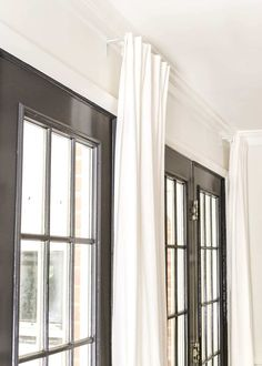 How To Fake A Long Curtain Rod - Bless'er House Extra Long Curtain Rods, White Curtain Rod, Extra Long Curtains, Diy Curtain Rods, White Curtains, Colorful Curtains, Neutral Curtains, Curtain Hanging, Patterned Curtains