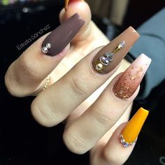 Important Things You Should Know About Acrylic Nails – Page 7406902848 – NaiLovely Glam Nails, Hot Nails, Bling Nails, Beauty Nails, Hair And Nails, Cateye Nails, Fall Acrylic Nails, Autumn Nails, Perfect Nails