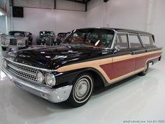 nice 61 ford wagon