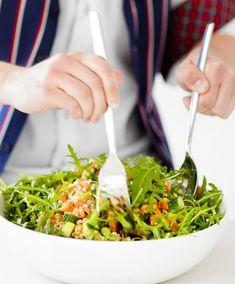 Savulohisalaatti – kurkkaa resepti!   Meillä kotona Ketogenic Recipes, Ketogenic Diet, Diet Recipes, Vegan Recipes, Keto Results, Ketogenic Lifestyle, Keto Dinner, Seaweed Salad, Salad Recipes