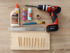 Taco Tuesday is here. learn how to make a simple yet festive taco holder out of wood. Woodworking Projects Diy, Wood Projects, Diy Necklace Holder, Taco Holders, Taco Tuesday, Wooden Diy, Food Presentation, Fun Crafts, Catering
