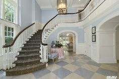 Town & Country Real Estate - Quogue #TownandCountry #Staircases #HomeDecor