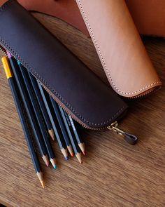ペンを出すたび愛着が増す、幅広いシーンで使えるシンプルな形。