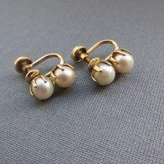 Diamond Hoops Earrings / Gold Single Bezel Set Diamond Hoops / Diamond Earrings / Gold Hoop available in Gold, Rose Gold, White Gold - Fine Jewelry Ideas- Pearl Jewelry, Indian Jewelry, Gold Jewelry, Jewelry Accessories, Fine Jewelry, Jewelry Design, Jewelry Ideas, Etsy Jewelry, Crystal Jewelry