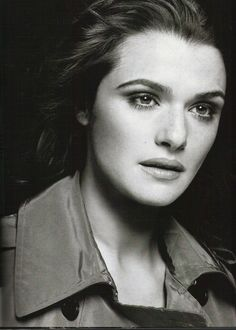 Rachel Weisz's father is a Hungarian Jew. Her mother is Austrian. Rachel's maternal grandfather was Jewish. It appears that Rachel's maternal grandmother was not of Jewish ancestry, but rather of Italian and possibly non-Jewish Austrian ancestry. Celebrity Portraits, Celebrity Photos, British Actresses, Actors & Actresses, Westminster, Rachel Weiss, Life Is Beautiful, Beautiful People, Gorgeous Women