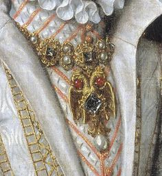 1616 copy of 1570 original Ana de Austria by Bartolomé González y Serrano (Prado). Carcanet-style necklace with Habsburg double eagle, hanging from a carcanet necklace with several pyramid-cut diamonds in this; particularly in the body of the eagle; the artist even detailed the mountings for the central diamond and the shapes of the filigrein