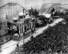Glenelg's Luna Parks