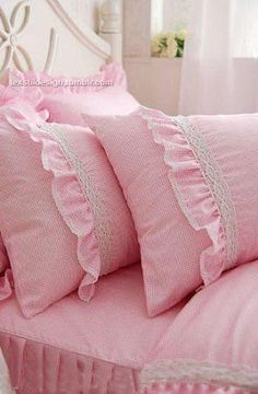 pink.quenalbertini: Pink beddings