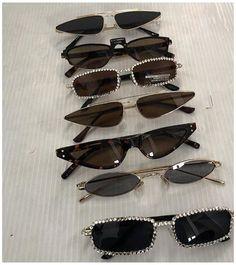 Cute Jewelry, Jewelry Accessories, Fashion Accessories, Retro Sunglasses, Sunglasses Women, White Sunglasses, Dior Sunglasses, Oakley Sunglasses, Black Women Fashion