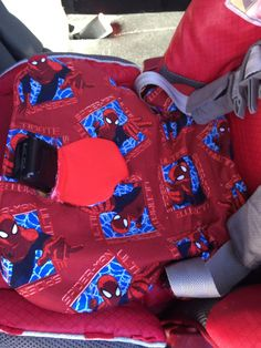 DIY piddle pad for carseat. Protect your carseat from spills, accidents, sepecially good for potty training.