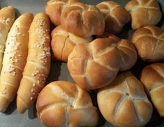 Hot Dogs, Hot Dog Buns, Bread Bun, Bread Rolls, Croissant, Hot Dog Recipes, Pizza, Party Snacks, Different Recipes