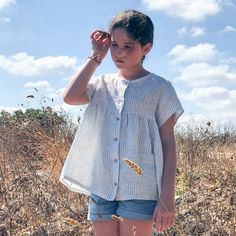 STOCKHOLM Kids blouse / dress - Girl 3/12Y - PDF Sewing Pattern – Ikatee sewing patterns for babies, kids and women Sewing Patterns Girls, Sewing For Kids, Stockholm, Casual Tops, Casual Shirts, Batiste, Sewing A Button, Blouse Dress, Light Denim