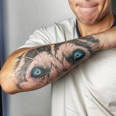 """Lucia on Instagram: """"Ešte stále myslím na včerajšieho huskyho ☺️ #tattoo #tattoos #colortattoo #colortattoos #colorrealism #realismtattoo #realism #husky…"""" Watercolor Tattoo, Husky, My Design, Tattoos, Instagram, Tatuajes, Tattoo, Husky Dog, Temp Tattoo"""