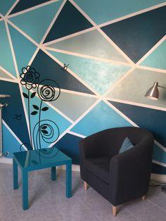 Decorazione geometricaideata e realizzata da Home TheSign, studio di interior design