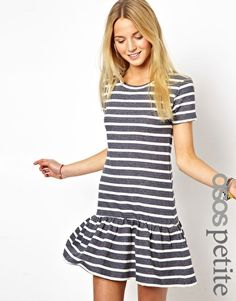 ASOS PETITE Exclusive Sweat Dress In Stripe With Drop Waist $50.91NOW $30.55 ABOUT ME Main: 76% Cotton, 24% Polyester -Made from a cotton-blend fabric -All-over stripe design -Round neckline -Drop-waist design -T-shirt style -Fit and flare