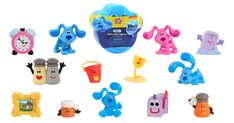 ViacomCBS Networks Américas Consumer Products has expanded on their partnership with Mercado Libre (also known as MercadoLibre) to open a Blue's Clues & You!-branded web store in Latin America (Latinoamérica)!The newBlue's Clues & You!eShop stocks a wide range of products based on Nickelodeon's beloved preschool series, including clothes, toys for preschoolers, books, musical instruments, and more. The product line is also available indepartment stores such as Liverpool