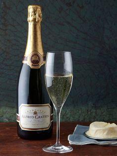 Brut Classique Champagne NV (93 points) by Alfred Gratien on Gilt.com