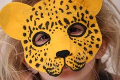 Felt Leopard Mask Pattern. Digital Sewing por EbonyShaeDesigns