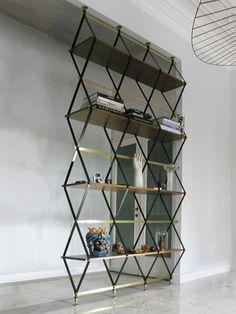 Variazioni sul tema by Pietro Russo: Libreria Romboidale Design by Pietro Russo