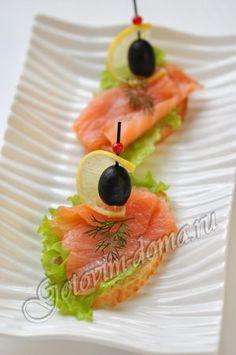 Рецепт: Бутерброды с красной рыбой
