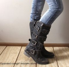Corral Women's Distressed Black Straps Buckles & Zipper Boots P5079