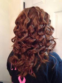in love with the shirley temple curls.