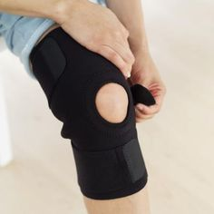 Your anterior cruciate ligament, or ACL, helps stabilize your knee during physical activities like running. A partial tear or complete rupture of your ACL can lead to knee instability, pain and swelling. Torn Ligament In Knee, Acl Knee, Knee Ligaments, Knee Meniscus, Knee Injury Workout, Knee Dislocation, Acl Rehab, Acl Recovery, Knee Strengthening Exercises