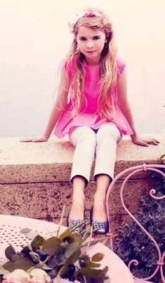 Look Fashion, Kids Fashion, Baby Dior, Posh Girl, Ballerina Shoes, Jumper, Capri Pants, Girl Outfits, Clothes