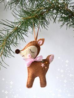 Felt reindeer Christmas Tree reindeer ornament by loubibludesigns