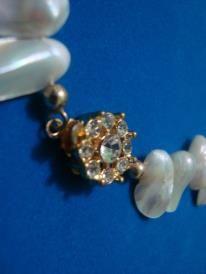Perlas y broche de fantasia fina y zircon