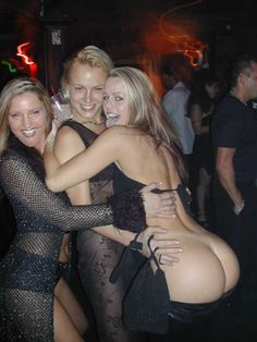 Nightclub Fails | Embarrassing Nightclub Photos : Bottoms Up