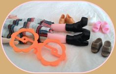 Blythe doll accessories* foldable eyeglasses* shoes boot* 6 pieces*