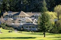 Seriously, isn't this the little hideaway from Dirty Dancing???    Napa, Meadowood.