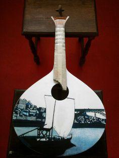 Portuguese guitar, handpaint, theme - Douro