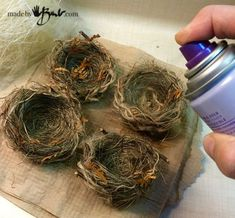 bird nest craft Make your own Birds Nests, easter crafts and Bird themed decor ideas Bird Nest Craft, Bird Crafts, Easter Crafts, Fun Crafts, Bird Nests, Easter Ideas, Easter Decor, Pot Mason Diy, Mason Jar Crafts
