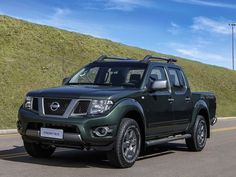 Nissan lança multimídia para Frontier como acessório de R$ 3.175 +http://brml.co/1CWElO3