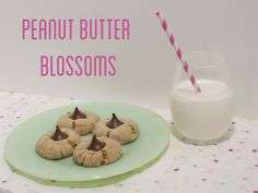 Peanut butter blossoms on #DarcieBakes! #peanutbutter #cookies